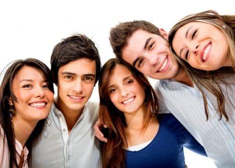 Adolescencia, creencias y resiliencia familiar